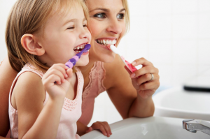 kid_brushing_teeth